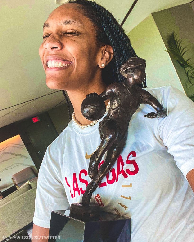 Just a girl and her MVP trophy 🏆 @_ajawilson22 https://t.co/r1IJvnXQr6