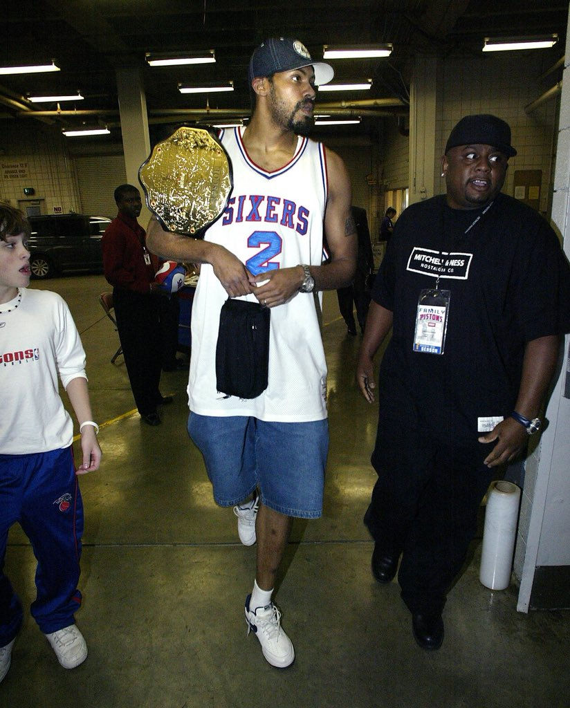 Rasheed Wallace rocking the Championship belt with throwback jerseys during the 2005 playoffs. Legendary. 📸