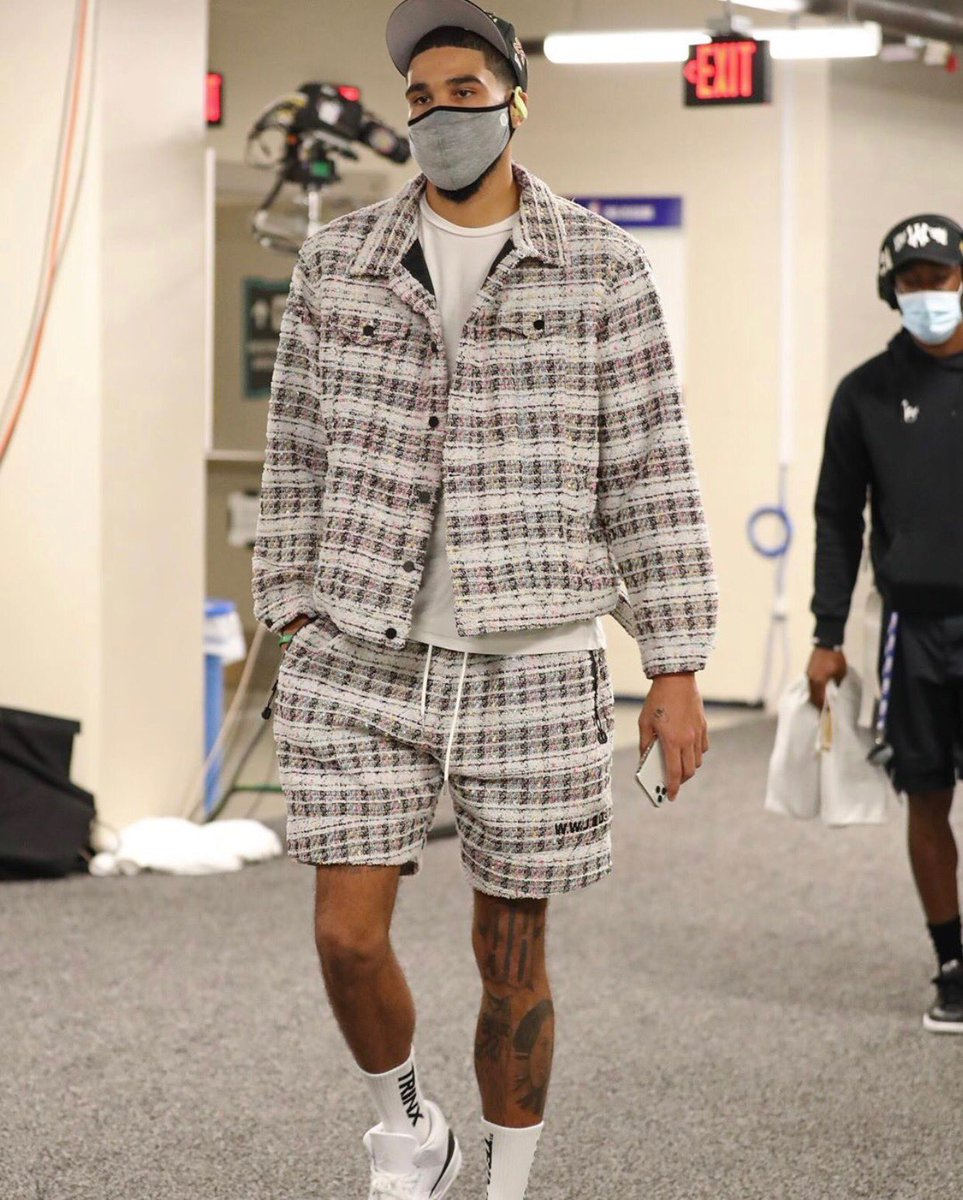.@jaytatum0 Full Tweed Trucker & Basketball Shorts Game 2 🔥🔥 https://t.co/Q1DOAiEBgd