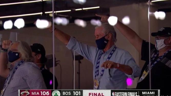 塞爾提克更衣室爆發內訌,而Butler賽後的一席話更是殺人誅心,士官長是真的狠!(影)-黑特籃球-NBA新聞影音圖片分享社區