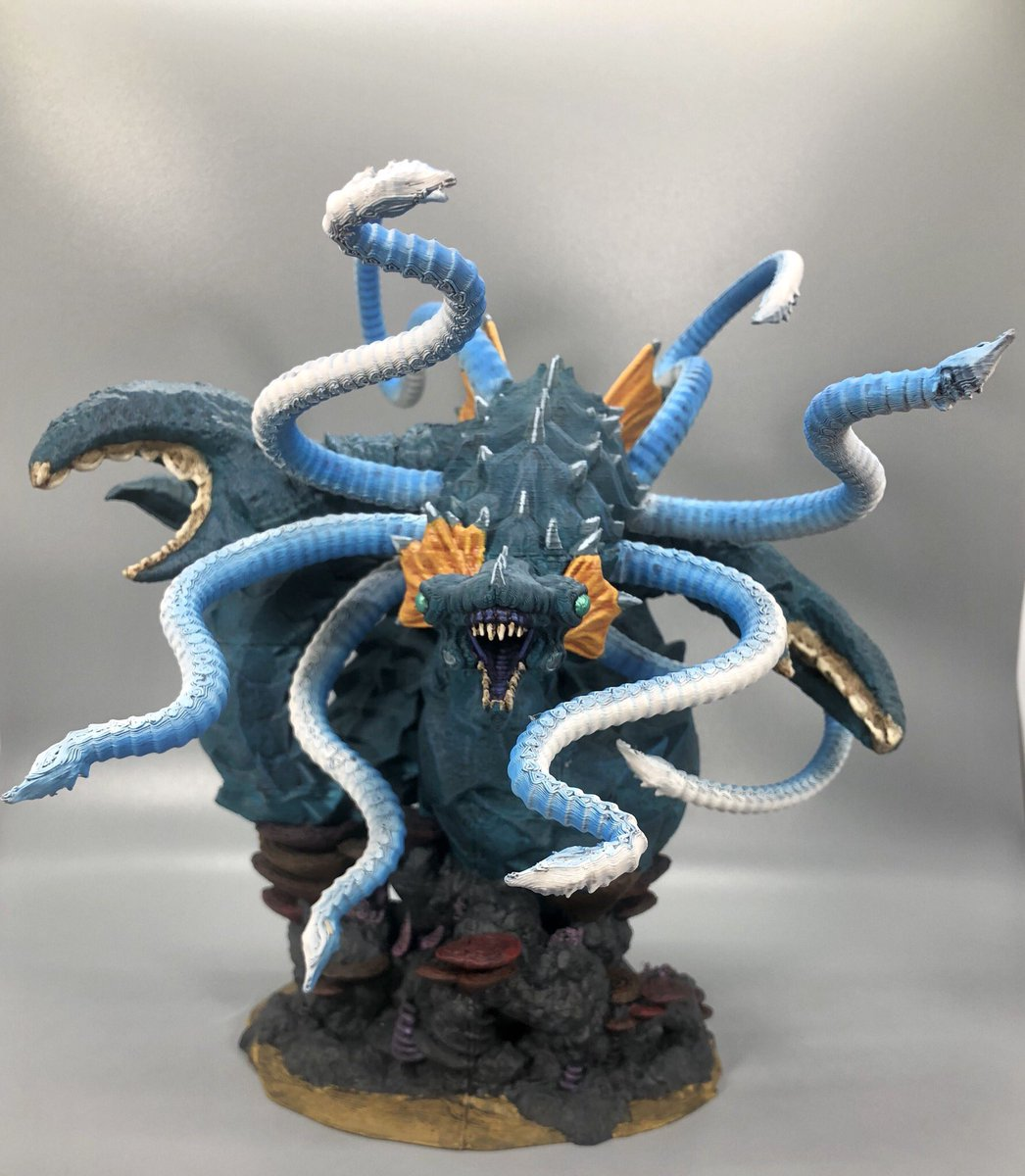 Final pics of the Kraken commission before I send it off! @Goblins_Mordor #goblinarmy #goblinpaint #miniaturepainting https://t.co/sf0Gkfe3Br