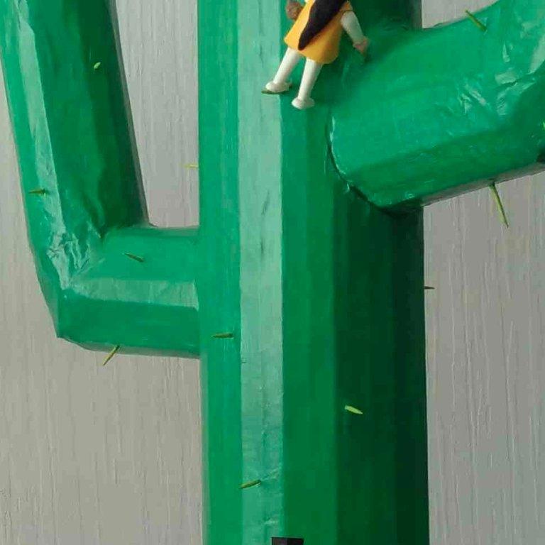 #EDD #SEDD2020 🌍 Les lycéens de Tréguier(22) à partir d'un questionnaire ont rendu les réponses visuelles par la fabrication, de sculptures et de tableaux 🖼️pour une lecture sensible des préoccupations et des propositions. #ODD13 #EAC Exposition le 20/09  https://t.co/TRUPVmjmNc https://t.co/U6o9QCeLM0