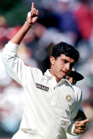 On this day, 23 years ago, @SGanguly99  recorded his best ODI figures of 5 for 16 as Pakistan collapsed for just 148 at Toronto. Ganguly finished this tournament topping both the runs & wickets tally & an incredible 4 Man of the Match awards in 6 games, 1 of which was rained out https://t.co/sb0NUEhsZ8