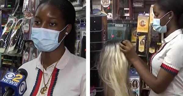 16-Year Old Entrepreneur Makes History, Opens Beauty Supply Shop In Brooklyn https://t.co/hKk5yoWPoh #blacktwitter #blackexcellence #blackgirlmagic #blackgirlsrock #blackbusiness #blackowned #BlackOwnedBusiness #SupportBlackBusiness #melanin #MelaninQueen #Brooklyn #BuyBlack https://t.co/ahVvCP5VLW