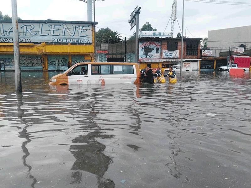 Las inundaciones en la Ciudad de México son producto de factores irreversibles #infomx #Megalópolis https://t.co/KayCNe1N56 https://t.co/n5GsRlTQ6B