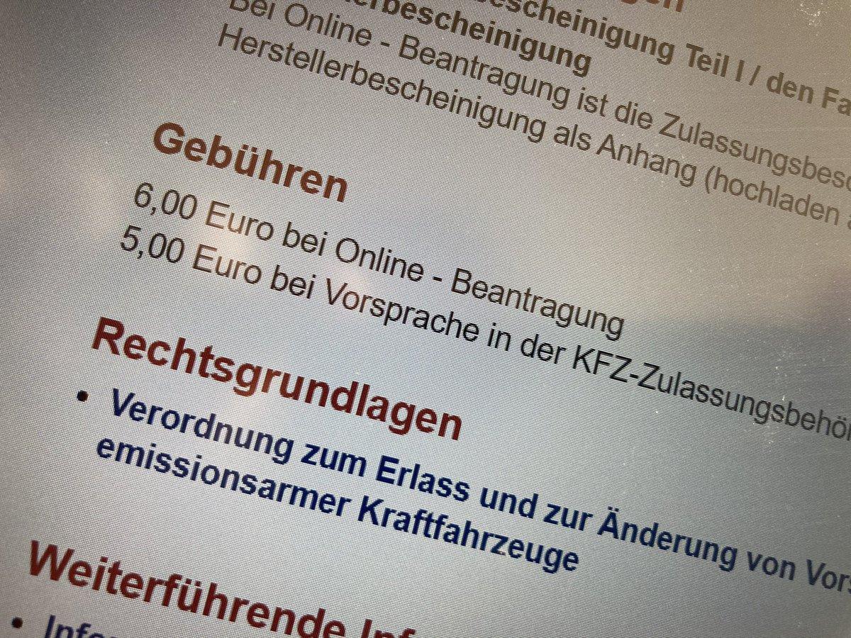 """""""#OnlineDienste müssen für BürgerInnen attraktiv sein."""" Hier hat #Berlin nicht verstanden was damit gemeint war. Der #Euro tut nicht weh, aber er vermittelt das falsche Bild und zeigt die Haltung der Verwaltung! #twitterverwaltung #eGovernment https://t.co/yT0PQzFOG9"""