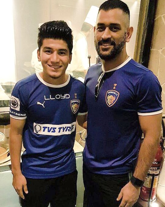.@MSDhoni's 'aggression' has had a positive influence on my game, quips @AnirudhThapa 👊🙌  Read here 👉 https://t.co/J8mbDJZWkU  #IndianFootball ⚽ #BackTheBlue 💙 #BlueTigers 🐯 https://t.co/6BXbkZ4X6H
