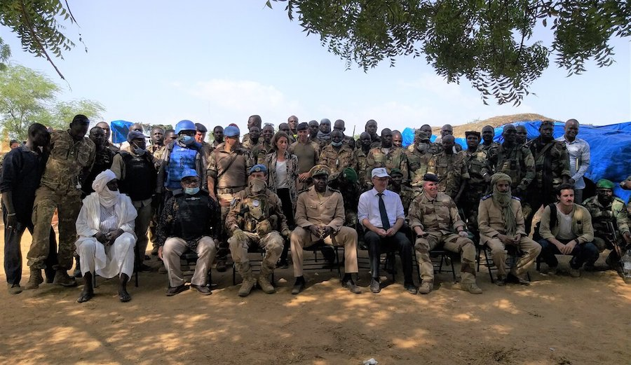 At this critical time, @UN_MINUSMA continues to work towards peace and security in Mali 🇲🇱.    Peacekeepers met with communal authorities and a youth delegation in Tessit to discuss the strengthening of social cohesion 🤝 in the region. #A4P   More 👉 https://t.co/r2xf99Eef6 https://t.co/6na6XtpzZP