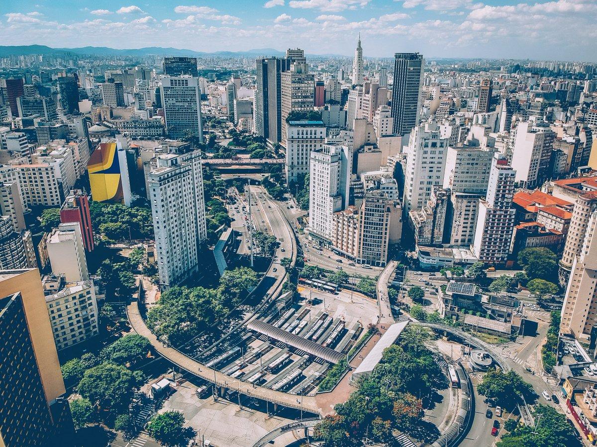 ¿Tienes una empresa y te gustaría montar tu negocio en #Brasil? ¡Forma parte de la #CCBE y te ayudaremos en todo lo que necesites! https://t.co/cGAI9v7g9U #FelizFinde https://t.co/FeLwLyW2lQ