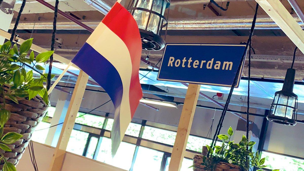 Rotterdam/Hilversum calling! Vanmiddag om 14:00 een pers-briefing over #Eurovisie #Songfestival 2021, live te volgen op NPO Nieuws (https://t.co/HbWBqa9u86 of de NPO-app). #OpenUp https://t.co/nAho22X6vL