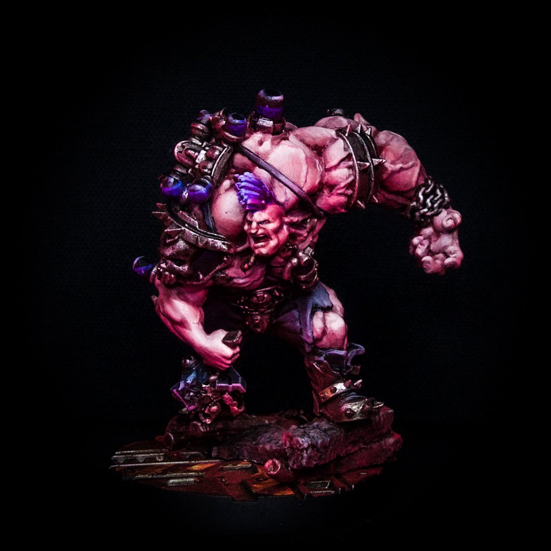 Meet Baby Zacky the Zerker...newest resident to the Pink #Underhive #ganggoliath #PaintingWarhammer @WarComTeam #paintingnecromunda #necromunda #necromundadarkuprising https://t.co/AzyI4CXlfK