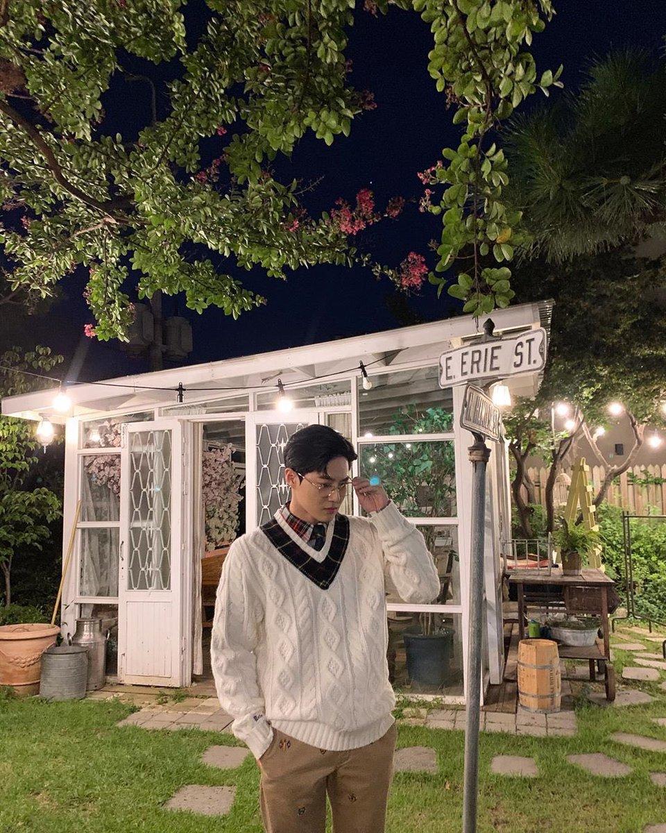 190918 kimjuncotton 인스타그램 업데이트  YOLO POLO  #EXO #수호 #준면 #SUHO #Junmyeon @weareoneEXO https://t.co/ej6453s3O4