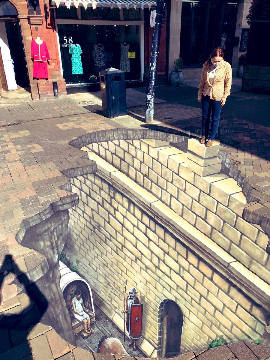 #History beneath our feet in #WestgateStreet #Gloucester  #HistoricEngland #3djoeandmax #cathedralquarter #highstreetheritage https://t.co/kVaVzwZZEq