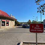 Image for the Tweet beginning: The @TimHortons drive thru is