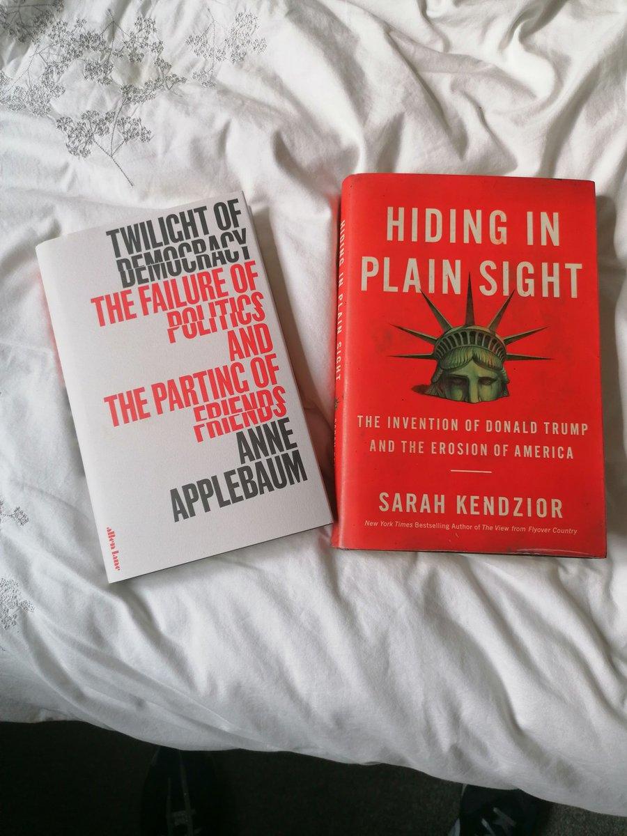 I like to maintain balance in my anti #trump reading. .@anneapplebaum .@sarahkendzior