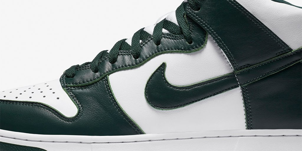Classic Dunk elements and OG tooling for peak quality and comfort.  The Dunk High 'Spartan Green'   Available at 10am ET 🇺🇸   Shop: https://t.co/4l4rd63Vaf https://t.co/Am12RvOQVT