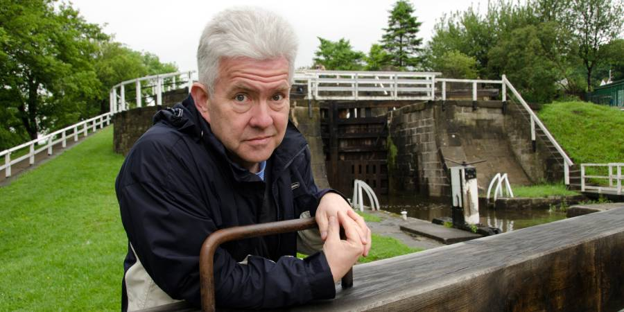 We're excited to announce the winners of our Words on the Waterway #WritingCompetition! 🎉 Over 350 of you shared your wonderful #CanalMemories with us, thank you. Winners were chosen by @IMcMillan. Listen to or read the winning entries here: https://t.co/depBjpNRQk #LoveWriting https://t.co/KxU873XLZ0