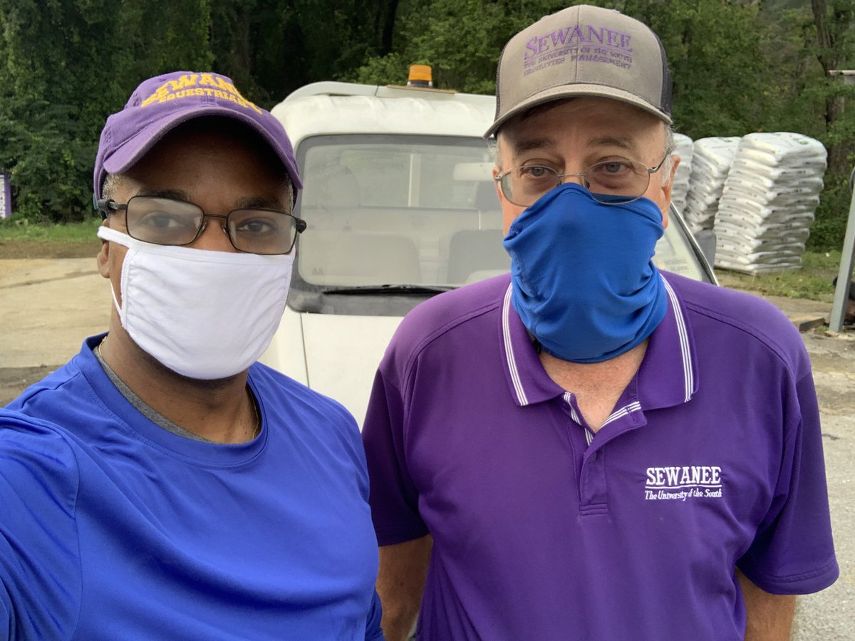 For my weekly frontline service, I accompanied Mr. Mark Cowan from Facilities Management on his daily route picking up recycling and trash. He and his colleagues do amazing work keeping our campus clean and functional. YSR! https://t.co/xZQKZ4MK7n