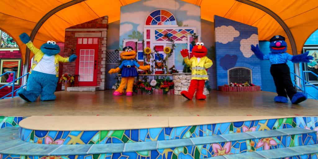 Enjoy our final First Responders Weekend festivities this Saturday and Sunday. Show your support and see your favorite Sesame Street friends dressed up in uniform!   For more info on the event and our enhanced safety measures, please visit https://t.co/j7N92Yu8Y9 https://t.co/Hun8U55nnH