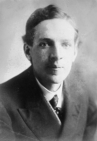 Upton Sinclair was born on this date September 20 in 1878. Photo source: U.S. Library of Congress. #OTD https://t.co/atqMu8m2Tn