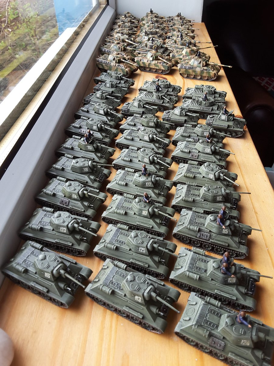 #awaydaypainttable The final update, all done 53 tanks in 2 weeks in 2 different locations, thanks for watching 👍🏼 #15mm #WW2 #kursk @PSCGamesUK #Russian #German #Tank #Wargame #Wargaming #warmongers #tabletop #miniatures #tabletopgaming #paintingminiatures #painting https://t.co/AM4ALY4hdi