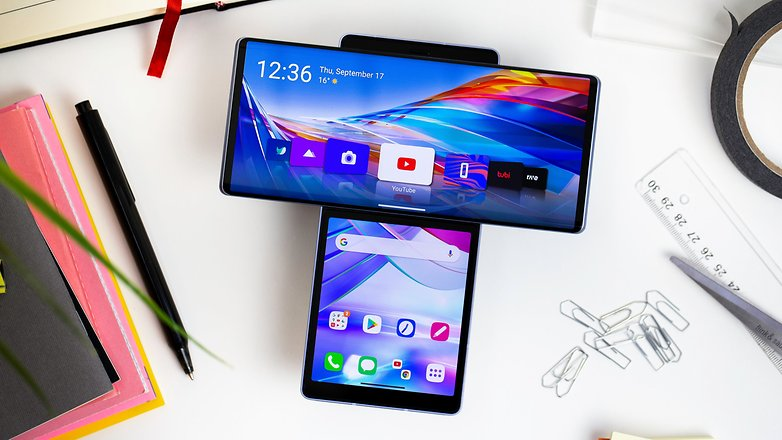 The review of the LG Wing is out on @NextPitCOM  Read: https://t.co/bpMUJAnPtQ https://t.co/MabsJkQ3A4