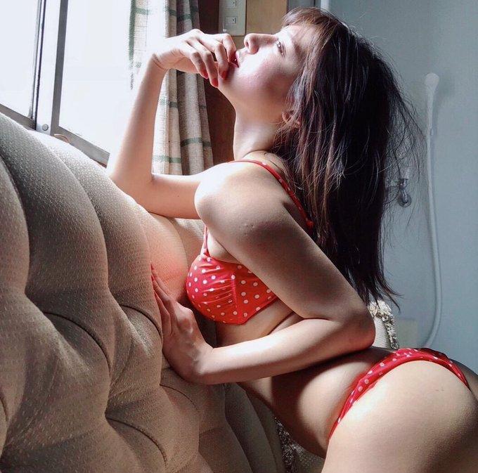 グラビアアイドル夏本あさみのTwitter自撮りエロ画像39