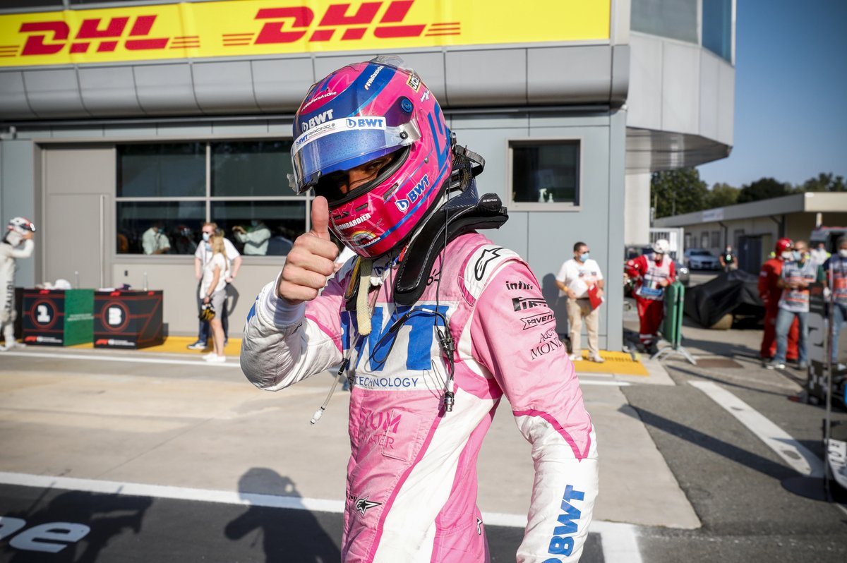 👍 Thumbs up if you're excited for the weekend!  #FridayFeeling #F1 https://t.co/kzn3EJbkPB