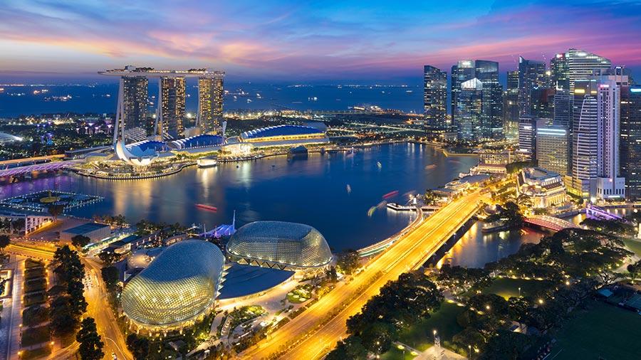 Singapore becomes hub for Chinese tech amid US tensions https://t.co/Bbb9aIMKSX #HongKong #Singapore #HQ #GoingGlobal #neutralterritory #Tencent #Alibaba #Huawei #Xiaomi #Bytedance #Xtep #APAC #hub #baidu https://t.co/64q0BXHH7v