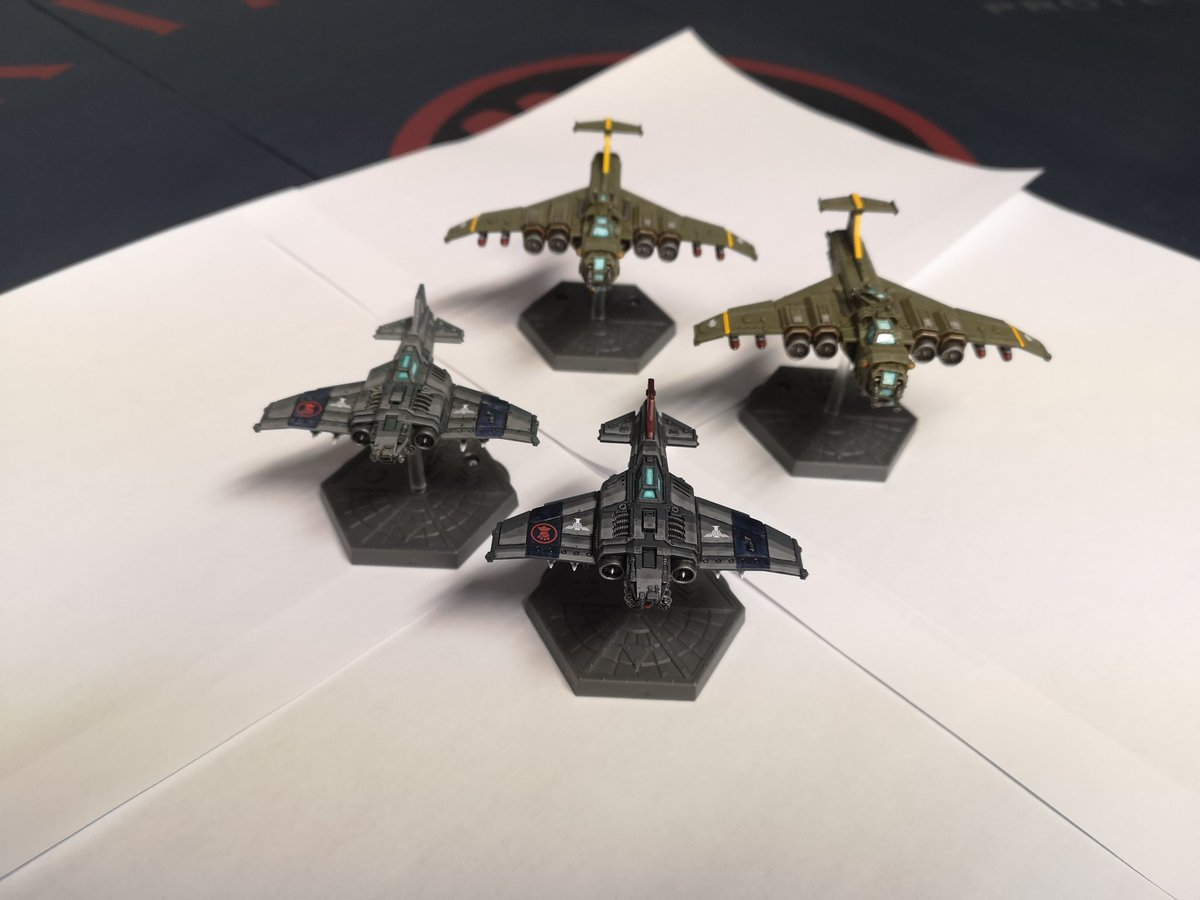 Finished off these planes.  Which box to buy next?  #WarhammerCommunity #nerd #Warmongers #paintingminiatures #PaintingWarhammer https://t.co/vwWSaFyVld