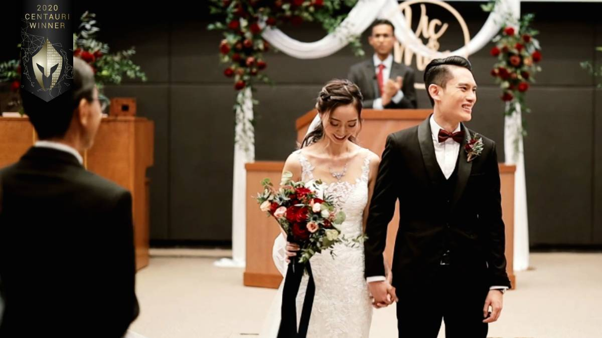 𝟐𝟎𝟐𝟎 𝐂𝐞𝐧𝐭𝐚𝐮𝐫𝐢 𝐖𝐢𝐧𝐧𝐞𝐫 🇸🇬  Victor & Magdalene's Same Day Edit by IrisWave Category: #video #wedding  IrisWave filmed the morning games session as well as the church ceremony: https://t.co/bW36oj9McD  Enter today and be a winner! https://t.co/saWmxhXQ98  #vega https://t.co/gSdqgp1XLJ