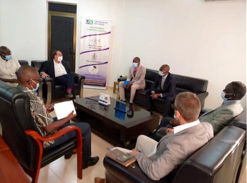 Partenariats en perspective entre la Kozah et les Yvelines https://t.co/n8yvMapvxD https://t.co/lyZJb1fyGN