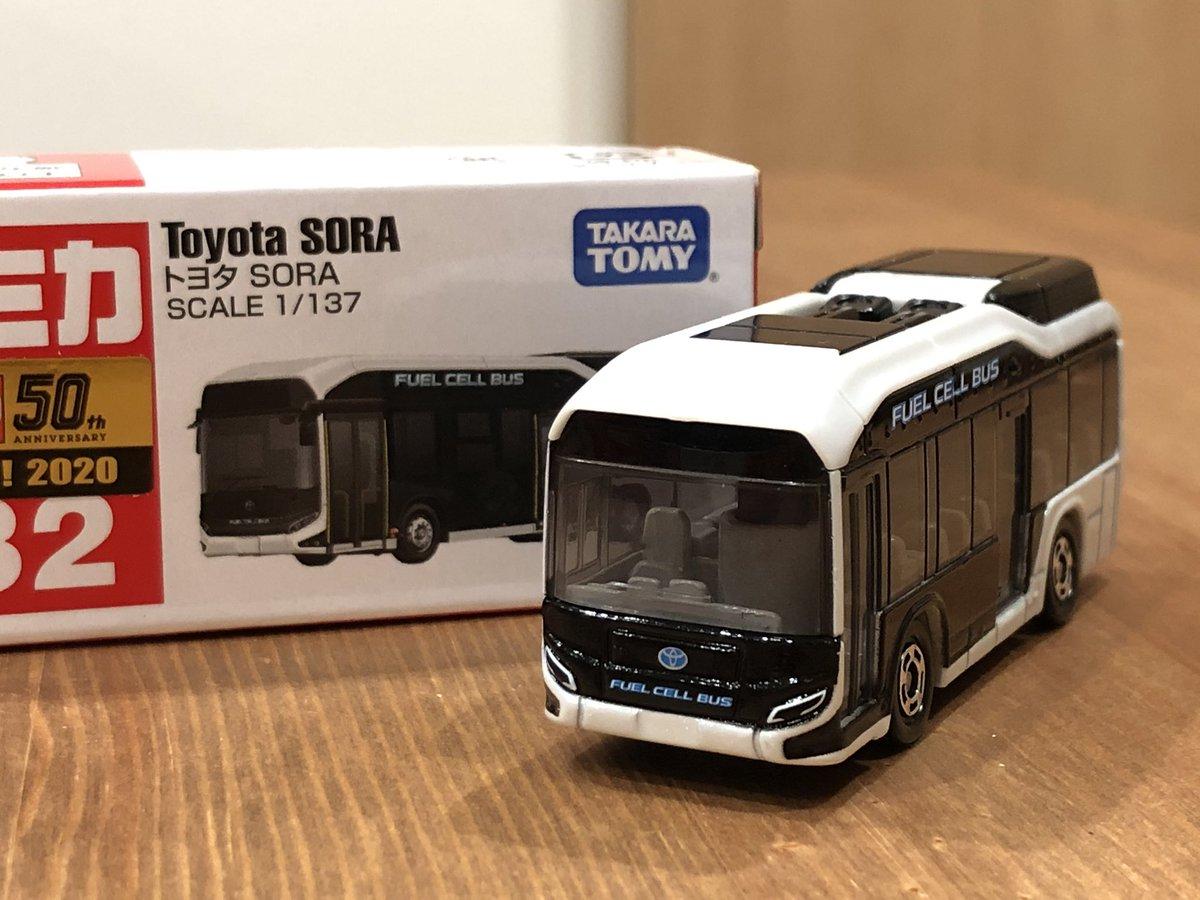Takara Tomy 1:137 Tomica No.82 Toyota SORA