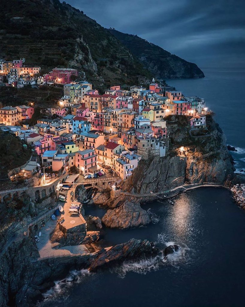 Dazzling under the starlight sky. Cinque Terra, a dream destination for everyone. 😍❤️  📸 Sabestien Nagy  #CelebratePlaces #CelebrateLife https://t.co/D61a4A284N