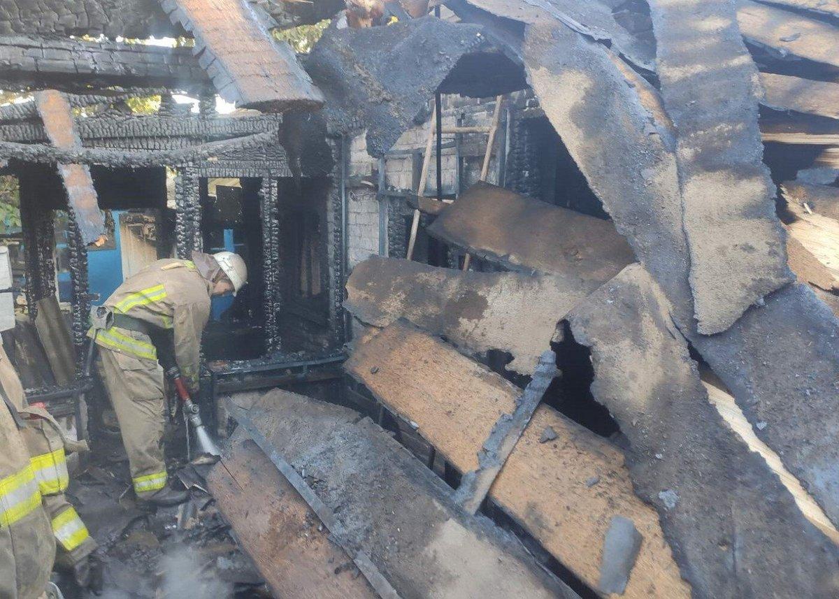 Ни дня без пожара. Под Мариуполем в огне погибла женщина, - ФОТО+ВИДЕО  https://t.co/EYxvnsQxgT https://t.co/T6M3xsFw8Q