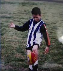 Hey @GWSGIANTS,   Can we please have Josh Kelly now since you don't seem to be utilising him anymore? Reckon he's starting to feel a little homesick and we could really use him next year.  Signed,  @NMFCOfficial  P.S. We have a war chest. https://t.co/ge5gSTg5OH