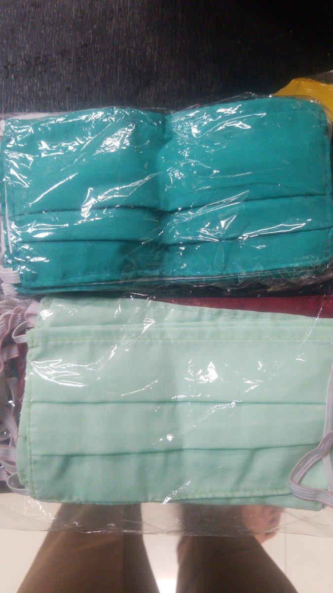 @ismailfahmi Pak bantu RT sy masih produksi masker kain katun dua lapis, bisa di isi tisu dan bisa di cuci kembali. Harga 2500/pcs. Klu ada yg minat 081325313049 https://t.co/cgXljgOK82
