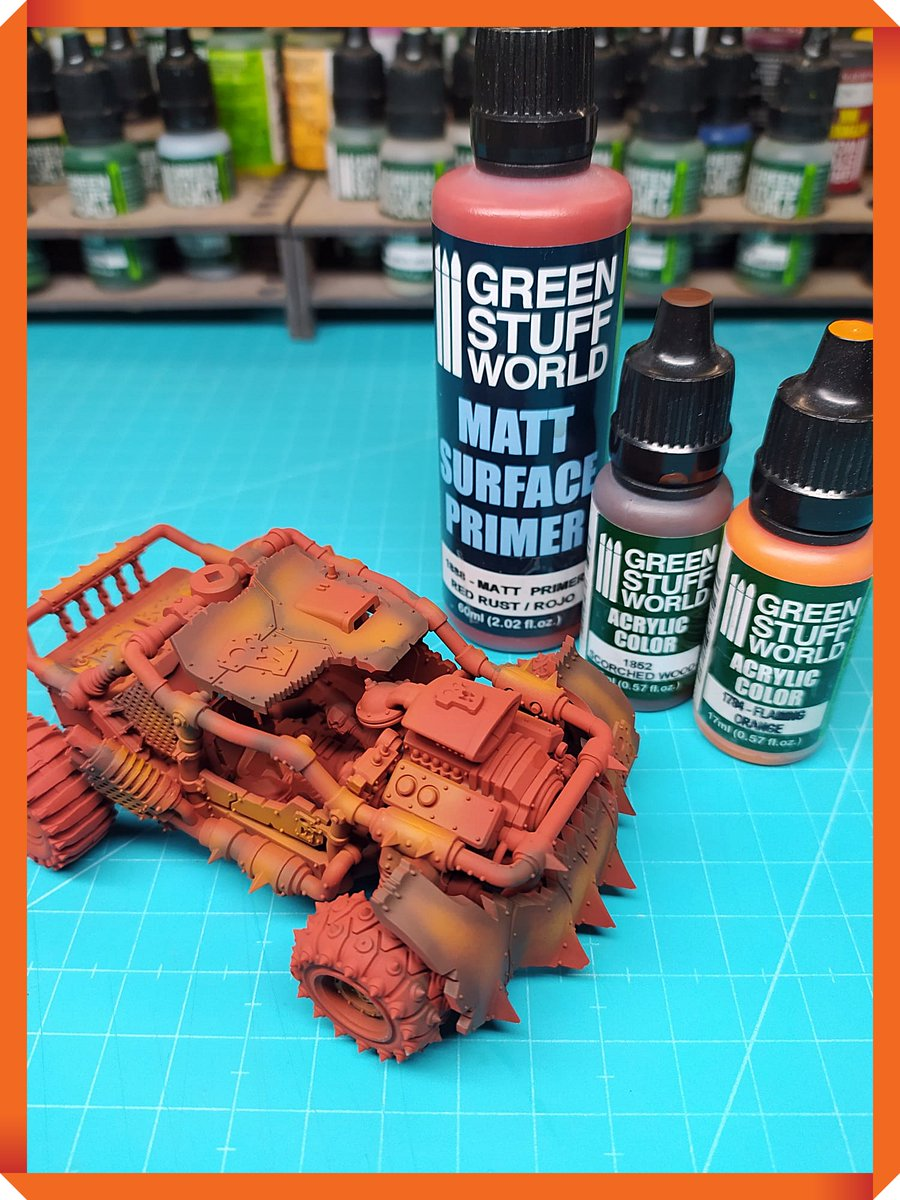A first layer of red primer, and a few touches of orange and brown, to simulate rust. Now we will give a layer of chipping medium and paint in the chosen colour scheme. Yellow? Green? Blue? Red?...who knows? #Warmongers #warhammer #paintingminiatures https://t.co/SPzqPcZSUu