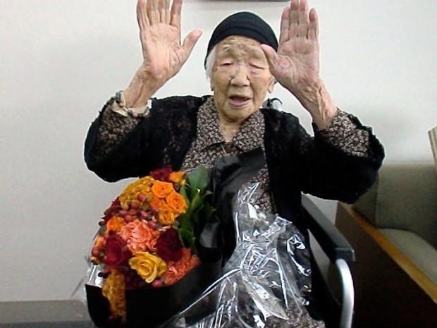 【ギネス認定済】田中カ子さん、117歳260日で国内での歴代最高齢記録に並ぶこの日は、だし巻き卵やみそ汁といった朝食を完食。おやつに大好きなチョコを食べるなど、普段通り過ごした。