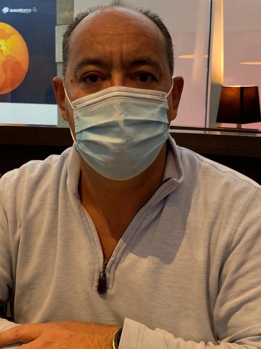 Se aproxima un invierno complicado, el uso de cubrebocas no solo ayuda a prevenir al #COVID2019, también a la influenza y otras infecciones respiratorias. #inviernoconcubrebocas https://t.co/is9wBS2Yna