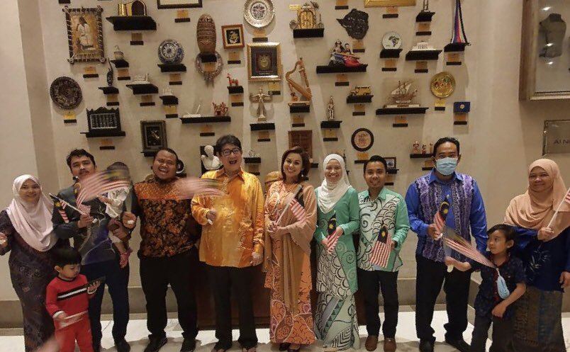 The Embassy of Malaysia in Khartoum and PERWAKILAN Khartoum jointly celebrated the 53rd Malaysia Day on 16 September 2020 at As-Salam Hotel, Khartoum. The celebrations were attended by Home Based Staff (HBS), PERWAKILAN members and their respective families. https://t.co/SalltkWuKv