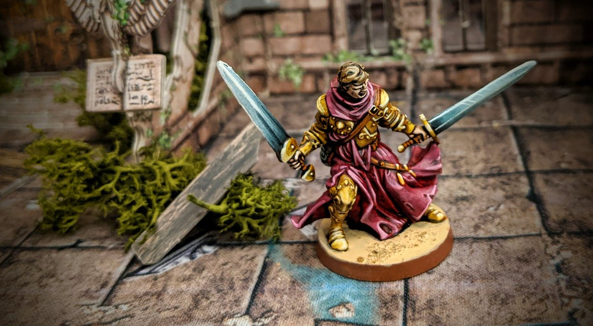 A shining beacon of golden light, Owen is a paragon of virtue. Even when all around him have succumb to the Darkness, he stands tall, forever defiant, even in the face of death!   #MassiveDarkness #Cmongames #Coolminiornot #Boardgames https://t.co/dt6c2j6099
