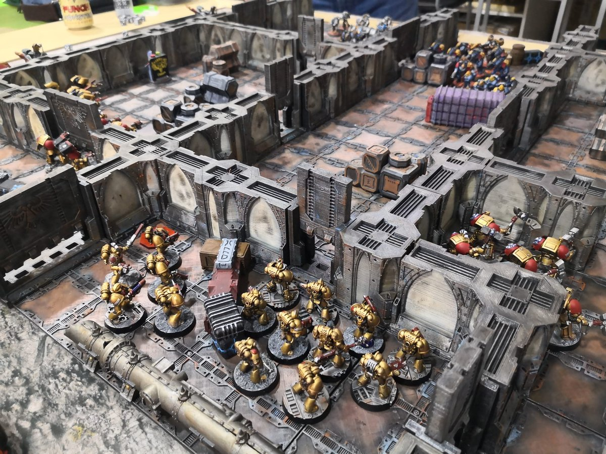 Partidaza a Zona Mortalis #GamesWorkshop #ZonaMortalis  #badabwar #warhammer40k #warhammer30k #warhammer40k #warhammer40000 #warhammer #Forgeworld #badab #badabwar #astralclaws #WarGames #WarGame #wargaming #Warmongers https://t.co/h4JCmubHQ1
