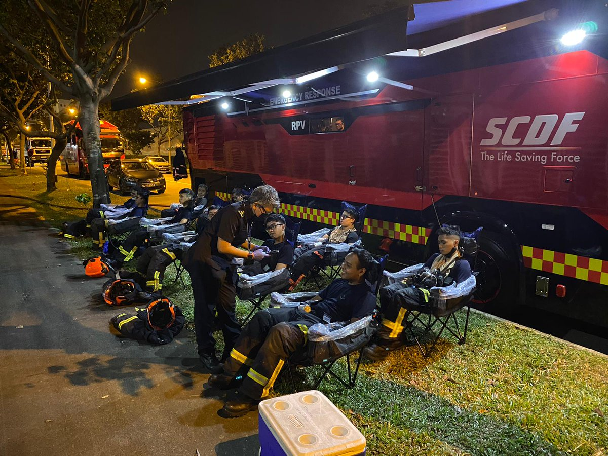 [Final Update: Fire @ No. 28 Admiralty Street]  After an intense and prolonged firefighting operation, SCDF's frontliners are recuperating and immersing themselves in the various cooling zones of the Responders' Performance Vehicle (RPV). https://t.co/4WthqXftce