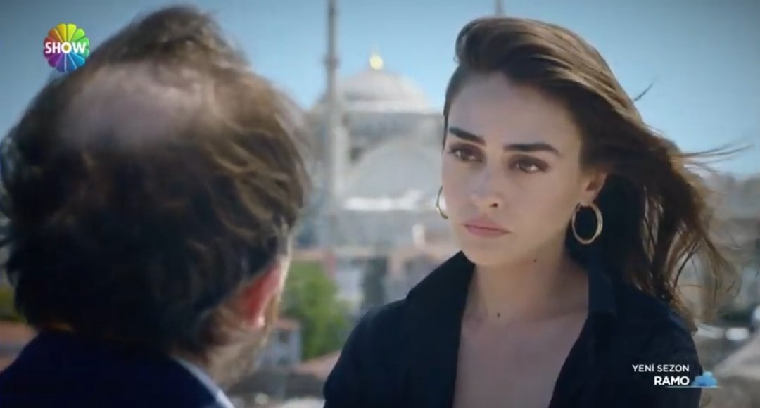 Sibel doesn't actually want to marry Taner.   S: I can't do that to Ramo. He will never forgive me. 💔  But at least Ramo will be free. She truly loves him.😢  #EsraBilgiç #Ramo https://t.co/3NG110Fn2D