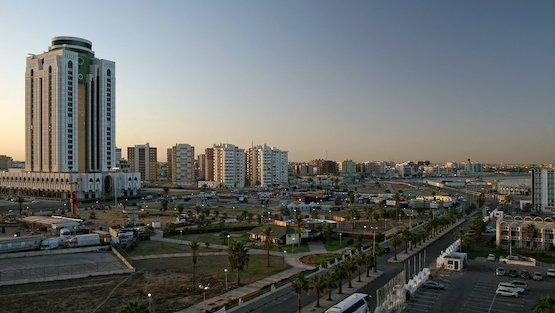 مدونة: تشهد #ليبيا 🇱🇾 حالة من الاضطراب منذ عام 2014. دعم تطوير القطاع المالي هو المفتاح لتحسين الوضع.  يقيِّم تقرير جديد للبنك الدولي الوضع المالي في ليبيا : https://t.co/bxVGtnLB3B https://t.co/GfY7DdFKSY