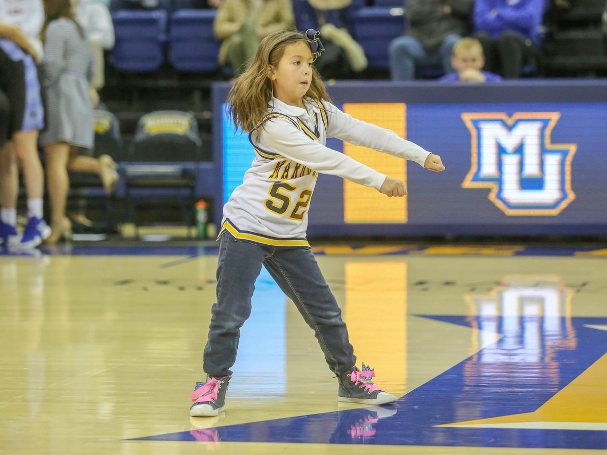 Happy #FanFriday! This week we are looking for your best Marquette jersey. Show us what you got! #WeAreMarquette
