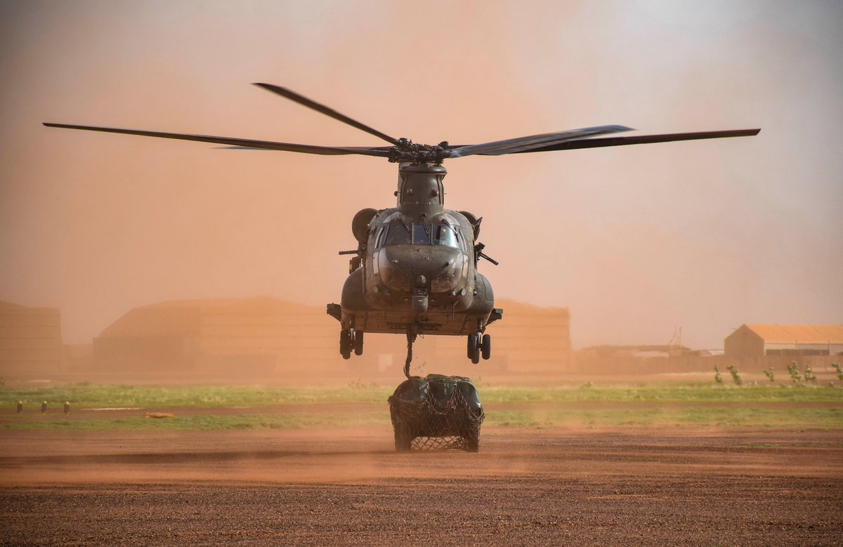 RAF Chinooks currently deployed in Mali have continued to conduct key supporting missions for the French and Malian ground forces despite extreme weather conditions of the Malian wet season and the recent political instability. Read more: bit.ly/3cb48Yz