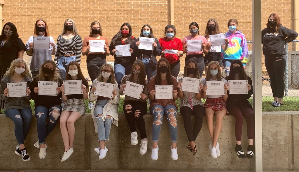 Introduction to Cosmetology & Cosmetology II students received their COVID-19 Barbicide certification. Barbicide is used in the salaons as their hospital grade EPA registered disinfectant. #CTEinWISD #RealWorld #Careers #WhyWISD https://t.co/8W59gwsliy
