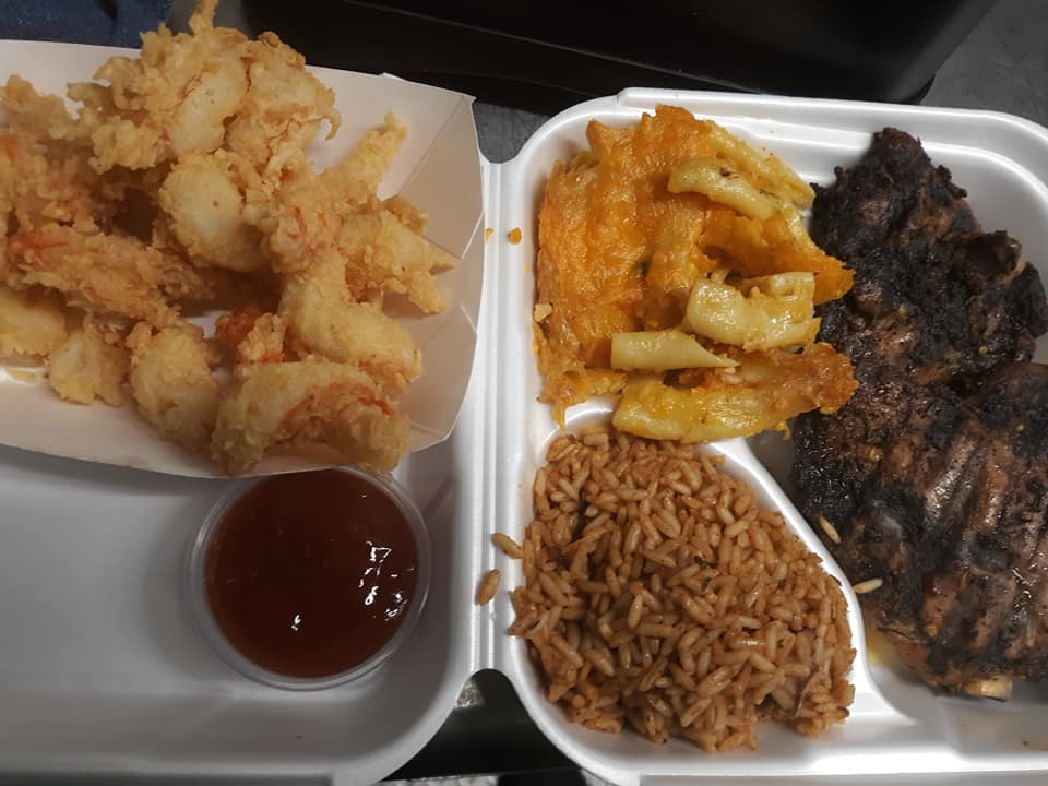 It's Food Truck Friday at RSP!  Caribbean Hut is here serving lunch from 11a-2p (or until they sell out).  On the menu:  jerk chicken, jerk pork, shrimp, fish, shrimp po boys, mac n' cheese, and beans n' rice.  #supportsmallbusiness #southernillinoisfoodtrucks #foodtruckfriday https://t.co/L0rDYCjGty